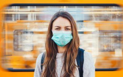 Maken mondmaskers je moeilijker verstaanbaar?